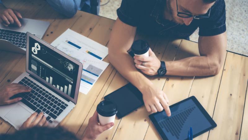 零成本、用社群媒體,3天賺1千萬的真實故事!創業家、行銷、營運必讀案例