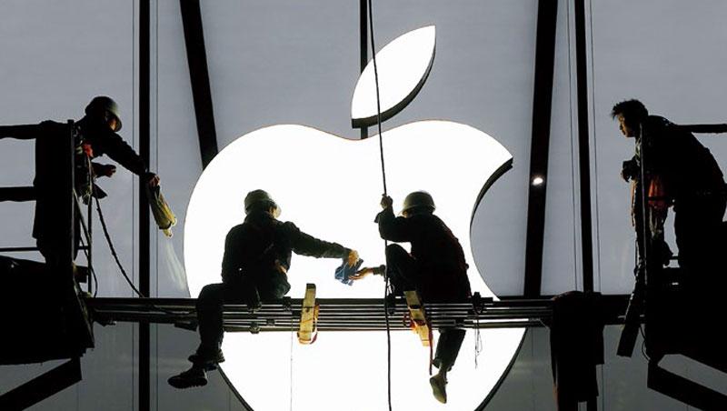 蘋果硬體銷售重壓中國市場,如今卻面臨中國消費力下滑危機。