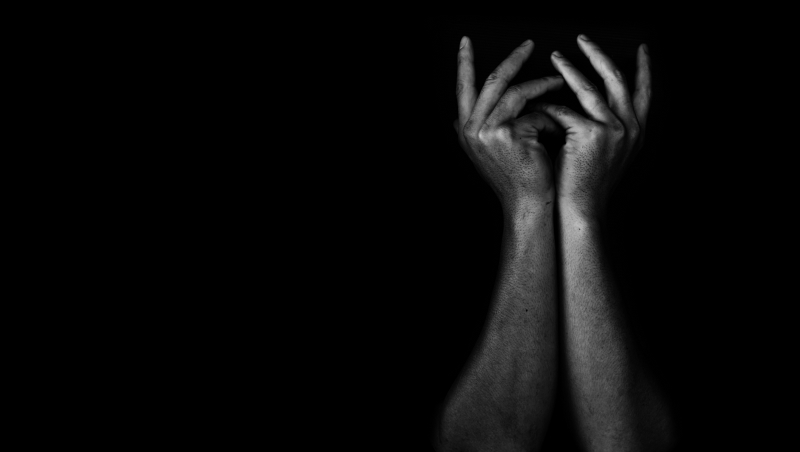 當媒體幫大家設定好敵人,憤怒頓時找到了出路...臨床心理師:獵巫行動只是一場問心無愧的霸凌