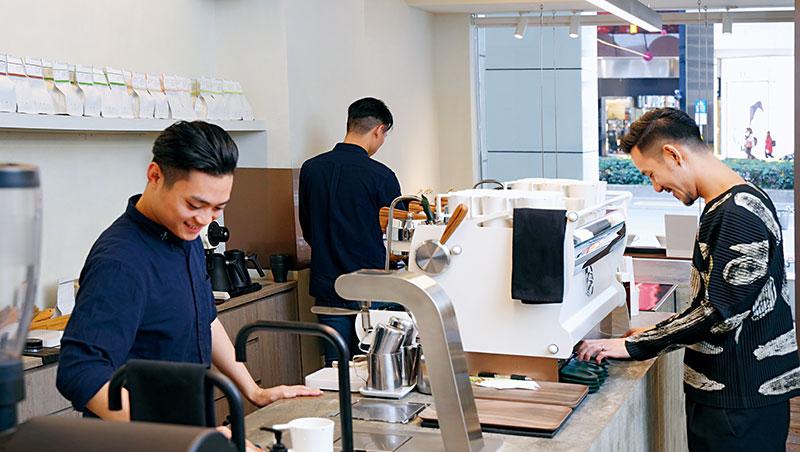 透過自身的比賽經驗,王策期許自己能夠訓練出更多後輩,把精品咖啡再提升。