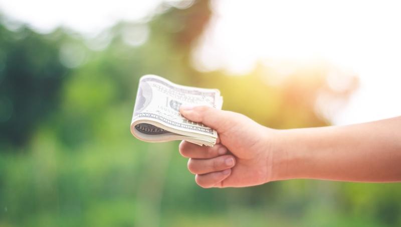 持有股票77年,可以變有錢人?理財專家從今年巴菲特股東信,教會孩子的3個重要觀念