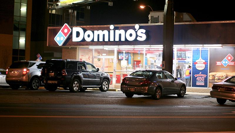 披薩被說吃起來像紙板...達美樂當年陷經營危機,用一招起死回生股價反漲3成