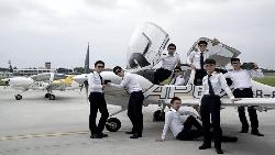 「一般勞工根本玩不起!」華航機師罷工,暴露台灣均貧現象...前培訓機師看見的4個現實