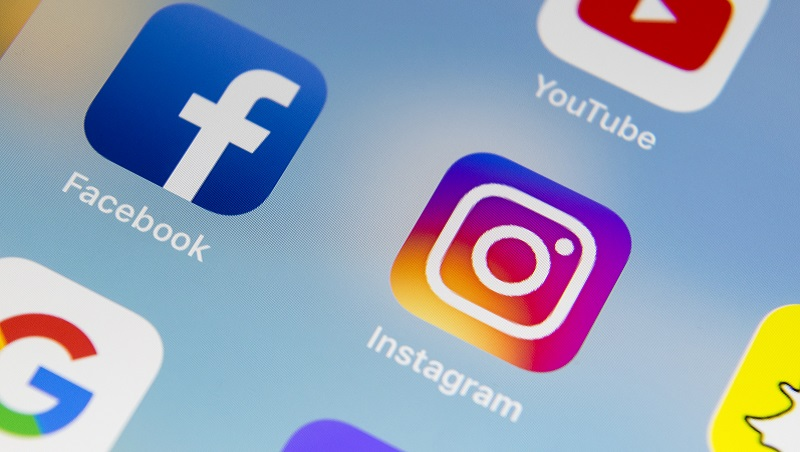 繼Google之後...臉書、IG也發生大當機,「被逼用」推特發文!網友崩潰:像回到2006年