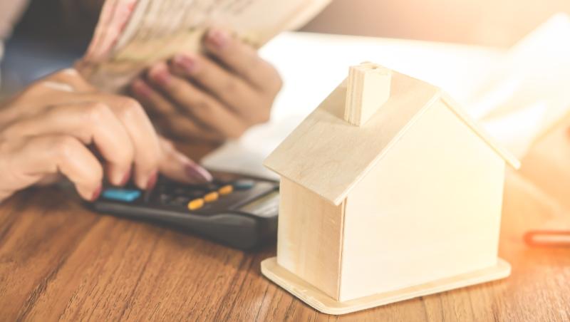 不用準備頭期款,連裝潢錢都可以借給你...真有這麼好?關於「超貸」你該懂得二三事