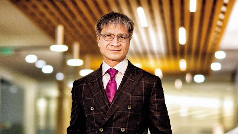 賽靈思執行長Victor Peng致力轉型,他說:「我們不再是FPGA公司,而是一個平台企業。」
