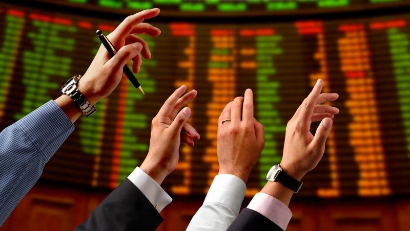 美股動盪、經濟成長蒙陰影,今年投資如何佈局?股市大咖建議:把握這2個策略