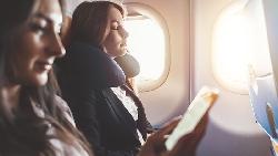 鬆懈一秒都不行!上機不睡覺、不素顏,連空姐都認證的專業...從木村拓哉身上,學成功關鍵心法