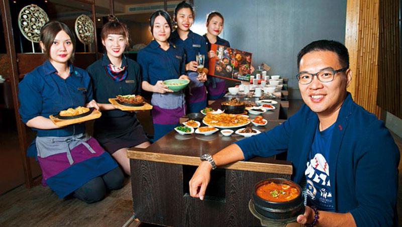 涓豆腐、銅盤...都在它旗下!營收逼近10億,台版快食尚「豆府」用3招,把韓菜賣到全台最大