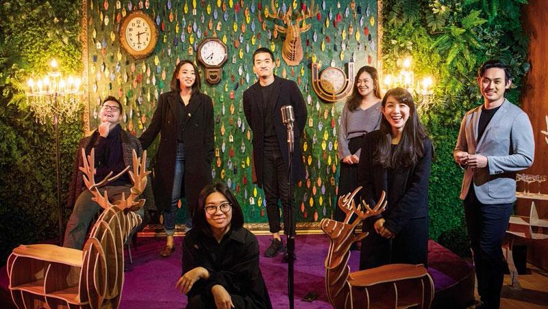 驚喜製造共同創辦人: 陳心龍(左1)、林業軒(後排左3)