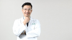 反省「壓力+錯誤飲食」害自己41歲腦中風...腦神經科醫師:中風之後,我不吃這3種食物