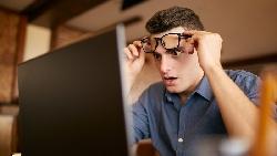 青年旅社住半年,住到旅遊平台邀他免費試睡...一個90後看成功法則:許多「不可能」來自大腦