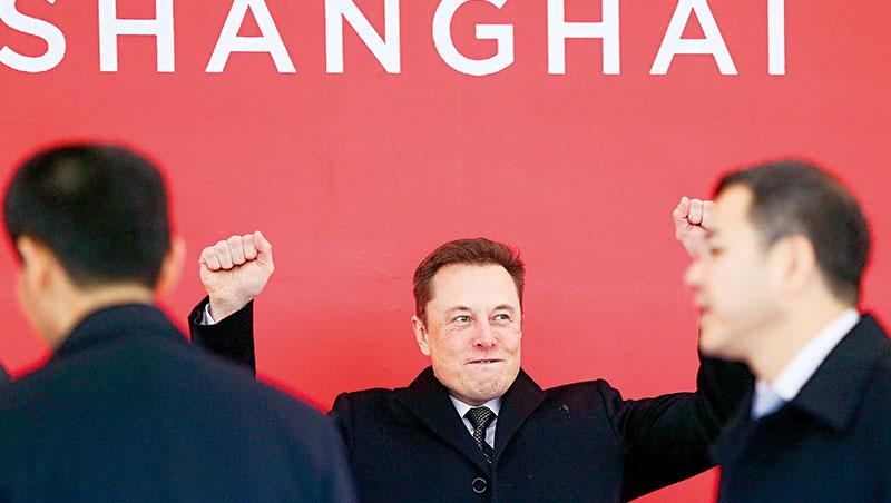 特斯拉中國廠成了上海史上最大一筆製造業投資,馬斯克備受禮遇。