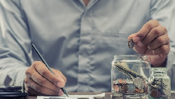 專家口中的「分散風險」,可能反而讓你少賺!理財專家公開:資產配置這3種就夠