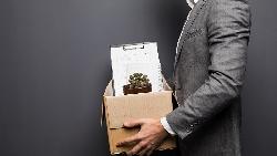 待過5家知名外商,歷經被裁員3次...人資主管體悟:沒有一家公司,會養你到退休