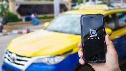 2年前禁Uber,司機少一份兼職;2年後禁,還多背貸款...台創業家:司機是夥伴,不是墊背