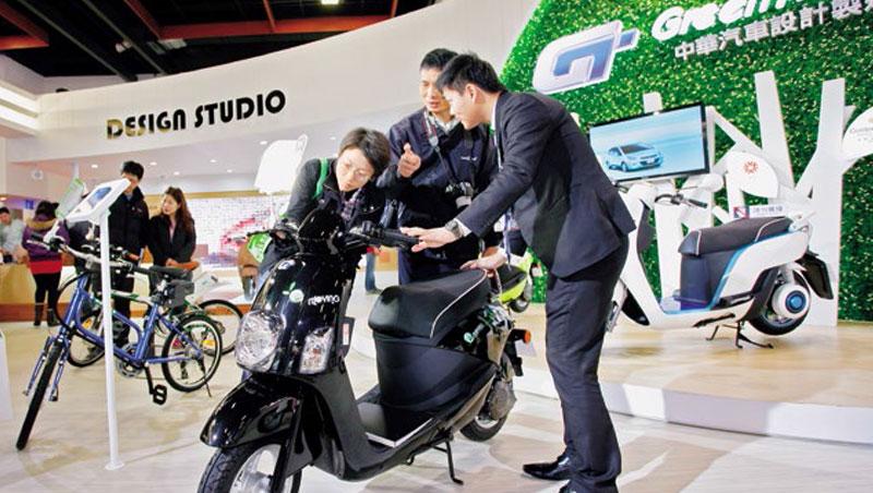 中華車的電動機車e-moving曾是市場龍頭,如今銷量遠輸Gogoro。中華車主管雖強調未來資金已準備好,仍讓投資者擔心其成長性。