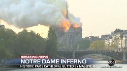 「你相信巴黎聖母院有一天會消失嗎?」大火燒出眾人眼淚!鐘樓怪人尖塔毀壞...原來15年前電影早預測