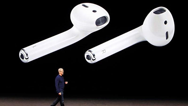 小小的AirPods,為蘋果打下一片江山,在藍牙無線耳機中市占率達76%。