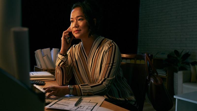 大家羨慕的貴婦朋友,突然打電話來推保險...別人生活的精彩,是要付出代價的