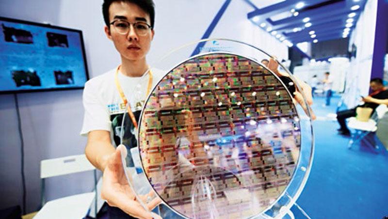 中國進入「全民大煉芯」時代,除了台積電,多數台廠對比中國,已逐漸失去技術優勢。