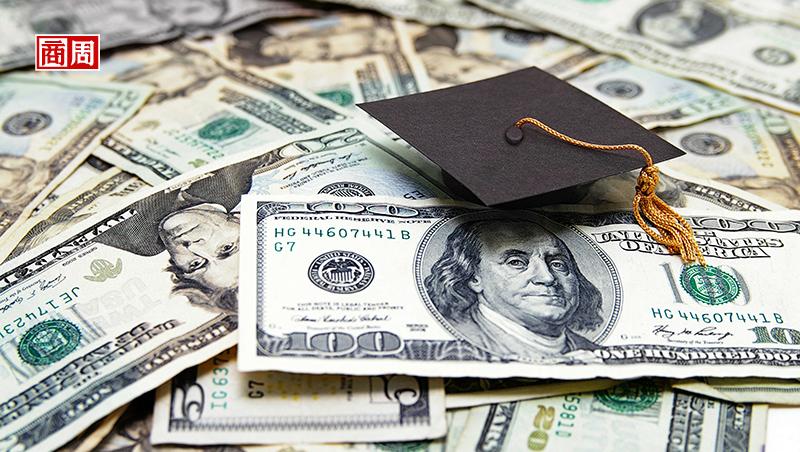 科系決定學貸還款速度!英語系最久、這系最吃香...美大學用這招對抗新鮮人負債危機