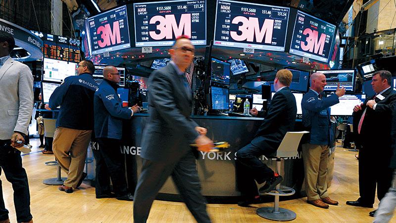 5月初以來,美中貿易戰火升溫,華爾街中國概念股3M、開拓重工等股價重跌。