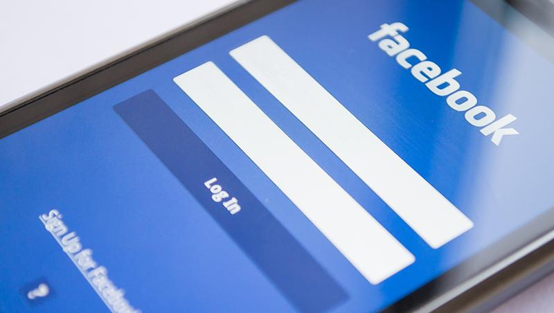 每天看400則血腥暴力貼文,800人共用一廁所...揭開臉書「血汗工廠」真相