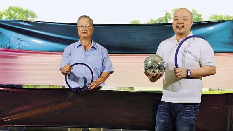 鼎基董事長: 林勳臺(左)、副總經理:林庚賢(右)
