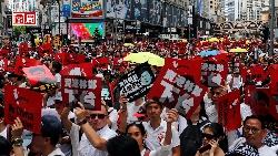 百萬人反送中》港民九七後最大街頭抗議,《逃犯條例》葬送香港金融地位?