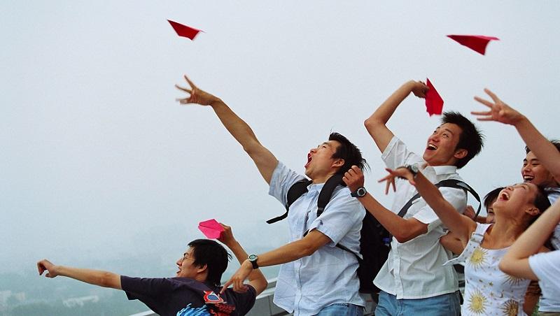 台灣畢業生,起步就比中國新鮮人晚!出社會關鍵3年,台青想西進該懂的事