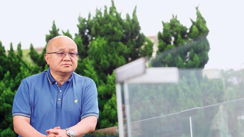 秦榮華在位於陽明山的招待所裡,和其他企業討論合作。他認為,貿易戰造成供應鏈重組,抱團取暖是再成長方法。