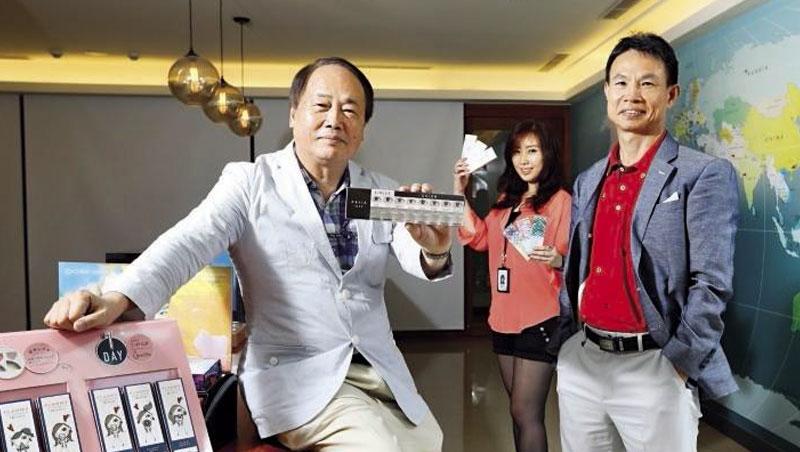 晶碩光學副董事長:郭明棟(圖左)、總經理:楊德勝(圖右)