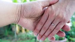 不只林志玲!台日皆然,女大男小婚姻上升中,日本觀察家解讀「格差婚」現象
