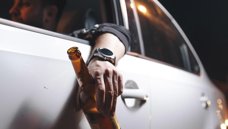 酒駕新制上路》違規受罰除了用punishment,fine或penalty該怎麼區分?