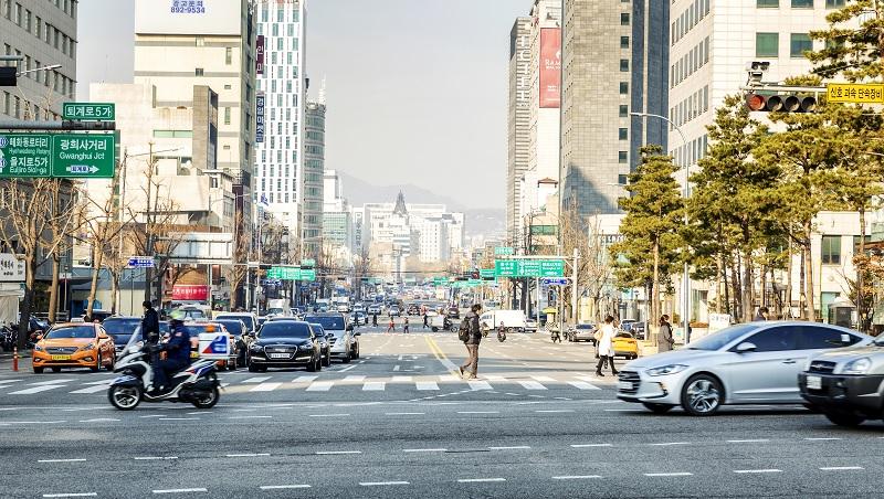 「什麼時候換男友?」不熟的人品頭論足、菜鳥堅持己見!和你想的不一樣的韓國文化