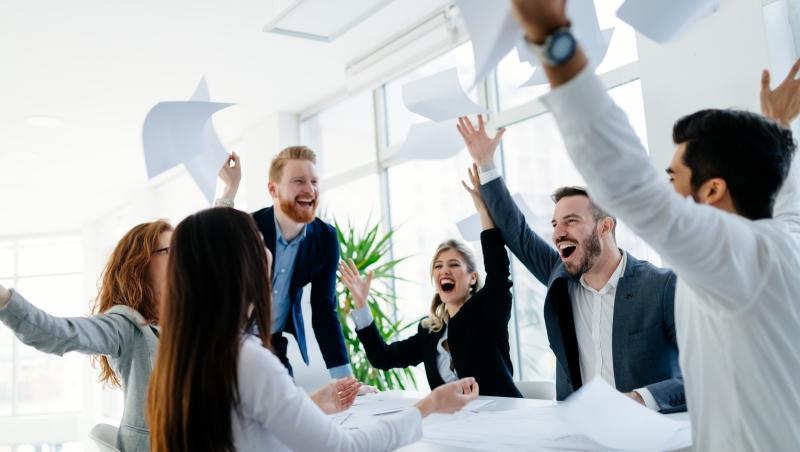 一堂MBA的經營課:「後進公司」怎麼獲利?你要怎麼賺「後進消費者」的錢?
