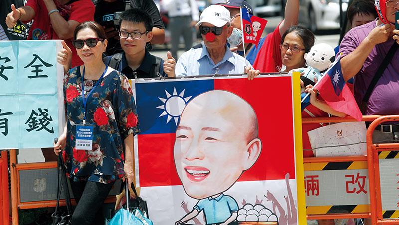 「鋼鐵韓粉」偏高齡的組成結構,成為韓國瑜從國民黨黨內民調初選出線主因。