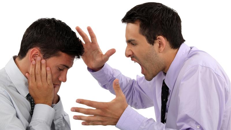 公司沒人才、管理有斷層?請檢查背後是否有個「愛給答案」的主管