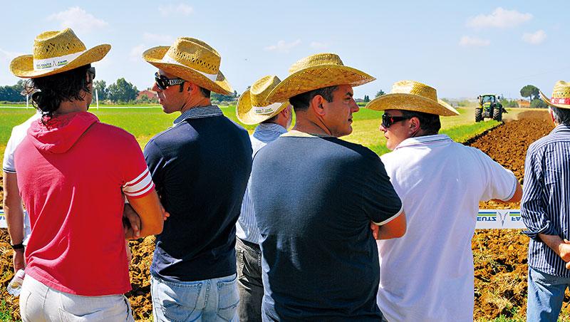 義大利全國政府都力推扶植在地農業的優惠政策,好比北部倫巴地區規定,提供膳宿的休閒農場須採用8成在地食材。