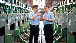關廟鳳梨之子賣螺絲  全球10大車廠都是他客戶