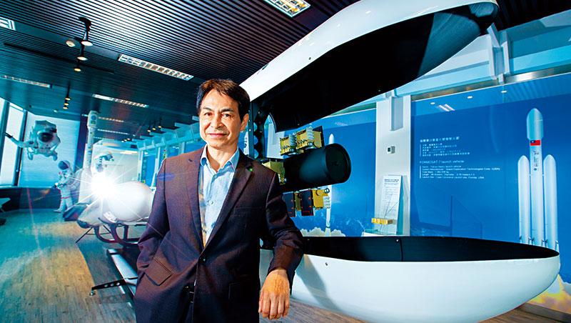 林俊良是成大航太博士,他指出美國等政府將太空發展交由民間,為50年來的太空領域帶來前所未有改變。