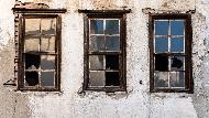 壁癌嚴重、鋼筋外露…你不要的房子,是他年收百萬的秘密!看房達人教你3原則翻新舊屋