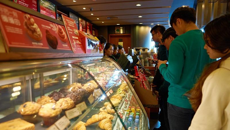 星巴克為什麼要賣月餅?行銷4P:以對的時間、定價,把對的產品放在對的位置