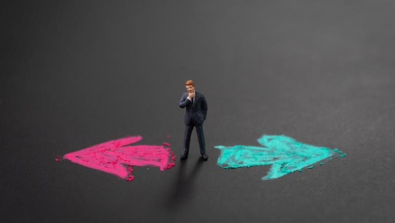 品牌大公司or新創公司如何抉擇?18年經驗資深媒體人:看你有沒有這些企圖心