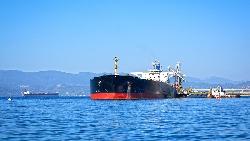 不靠海,全球卻有200多艘船設籍蒙古...從伊朗扣英國油輪,看海上黑暗生存法則