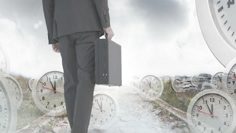 同是企業主管,離職後一個失業10年,一個成功轉職...2故事看離職3原則