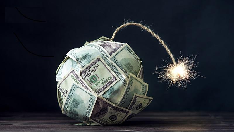 保戶最大夢魘!台灣保險業的2個「世界第一」,卻引爆壽險業2200億匯損