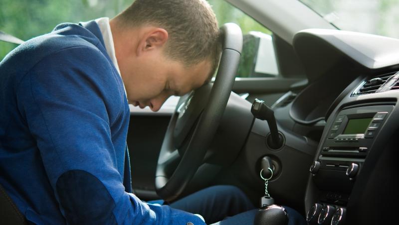 教師夫妻兼職司機補貼家用...一個當不起首購族,在矽谷「工作到累死」實例
