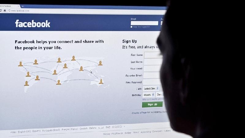 臉書「打假」不力,竟要政府管?最新一季財報會,佐伯格脫稿演出的聰明算計